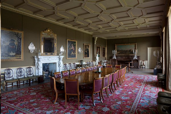 scottish country house' depicts the history of stately homes with